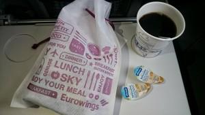 Kávový trénink začal již v letadle :-)