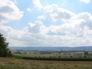 Pohled na les Deister. celé se to zde nazývá Calenberger Land.