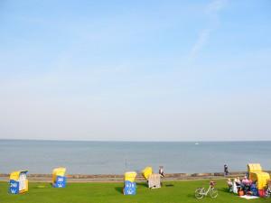 Pláže u severního moře jsou v Německu velice podobné. Tento pohled se naskytne všem, kteří se odhodlají vydat do nejsevernějšího bodu Dolního Saska, do přístavního města Cuxhaven.